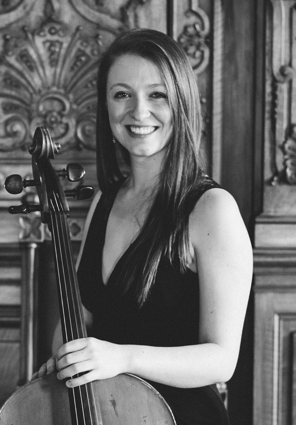 Rachel Shakespeare - Cellist and Manager